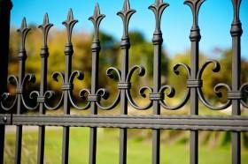 21-wrought-iron-fence