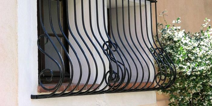 Галерия метални решетки